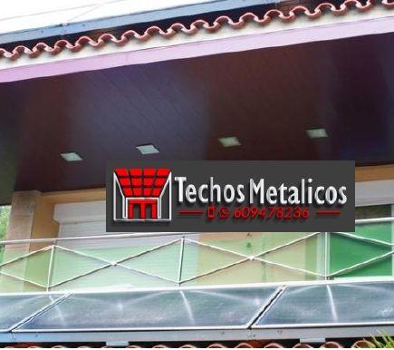 Profesional de empresa techos aluminio