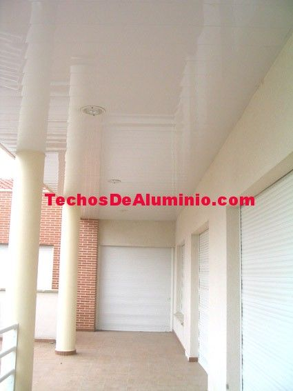 Especialistas venta techos de aluminio acústicos decorativos