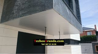 Foto de montaje techos aluminio acústicos decorativos