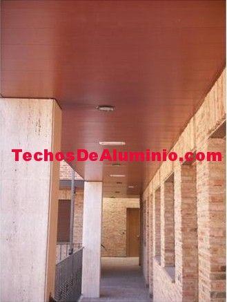 Trabajo de empresa techos aluminio acústicos decorativos